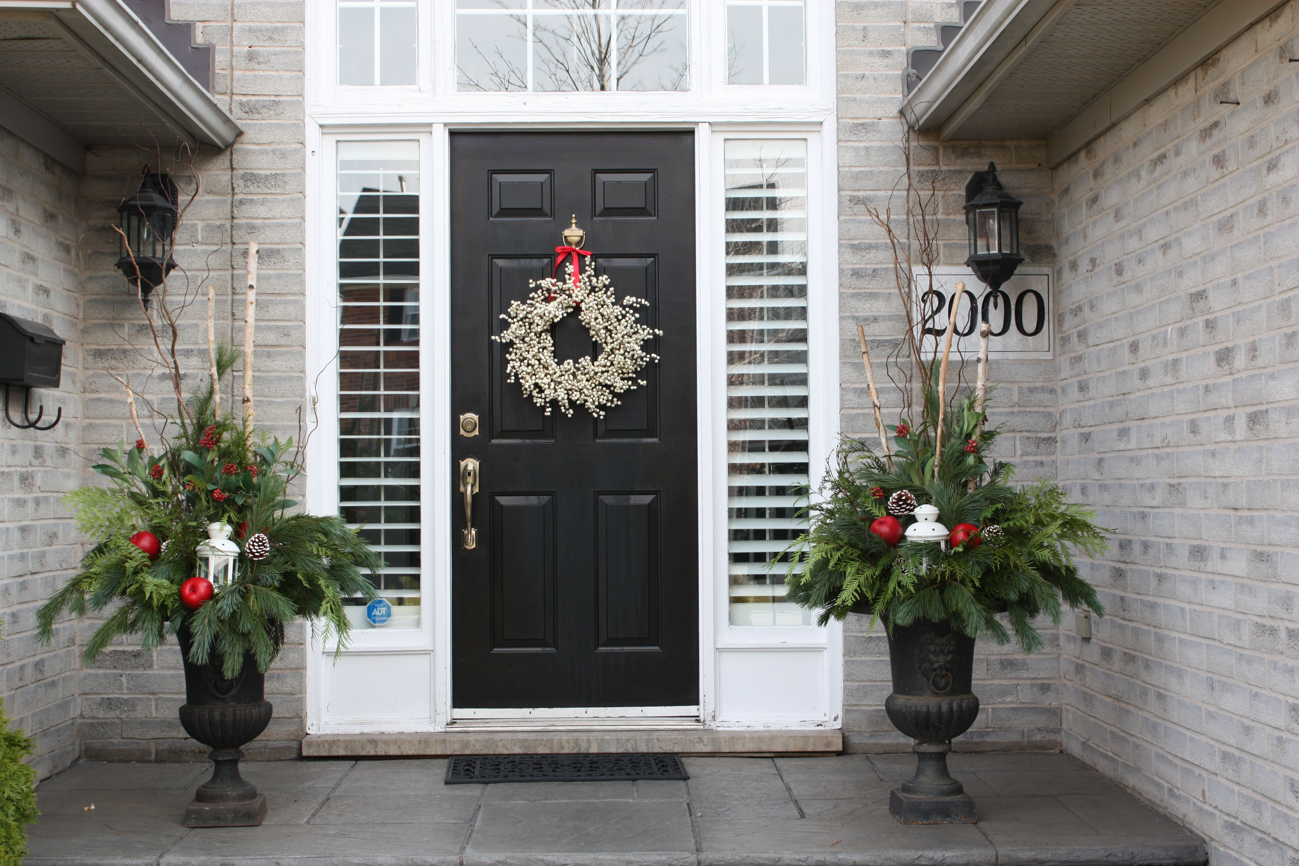 Make your front door and winter planters match with choosing elegant surroundings by diane specializes in full service residential and commercial interior and exterior designs and home staging to give you that rubansaba