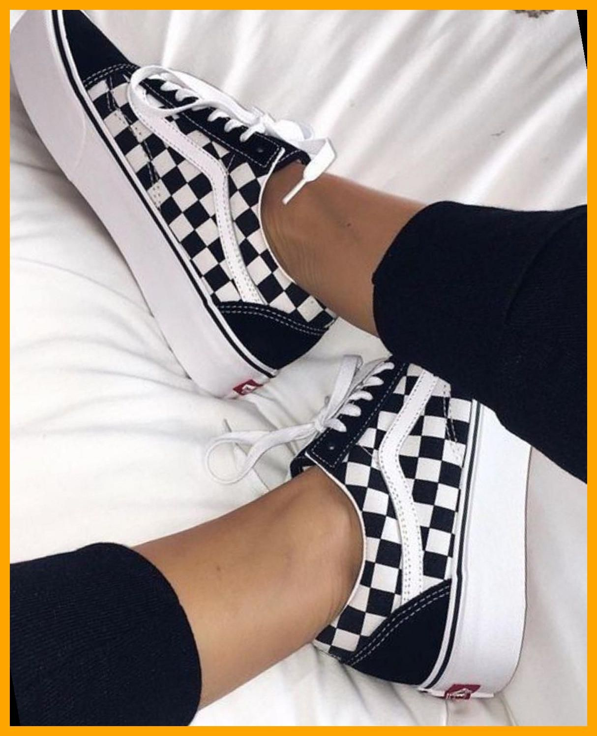 Buy Vans shoes online | Fashionchick.nl 34 | Vans Sneakers Outfit ...