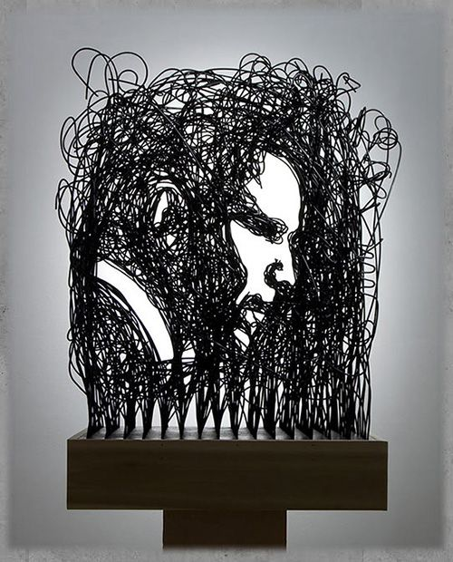 Obama in wire. 24 Jaw-Dropping Celebrity Portraits Made From Unexpected Objects