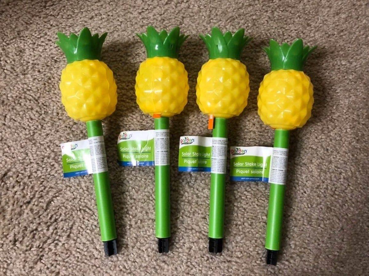 4~ Garden Pineapple Shaped Solar Stake