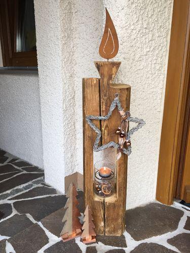 holzlaternen aus alten holzbalken variante kerze mit edelrost flamme christmas 3 pinterest. Black Bedroom Furniture Sets. Home Design Ideas