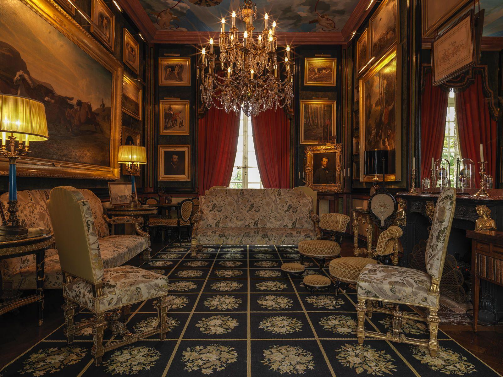 ch teau de balleroy normandie le fumoir red cor par malcolm forbes photo site officiel du. Black Bedroom Furniture Sets. Home Design Ideas