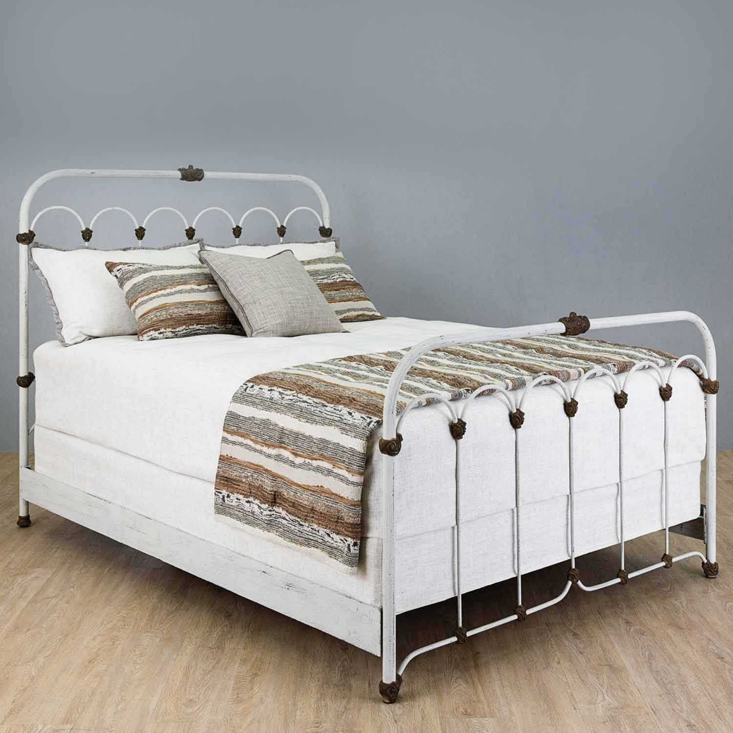 Hillsboro Iron Bed with Metal Profile Frame by Wesley