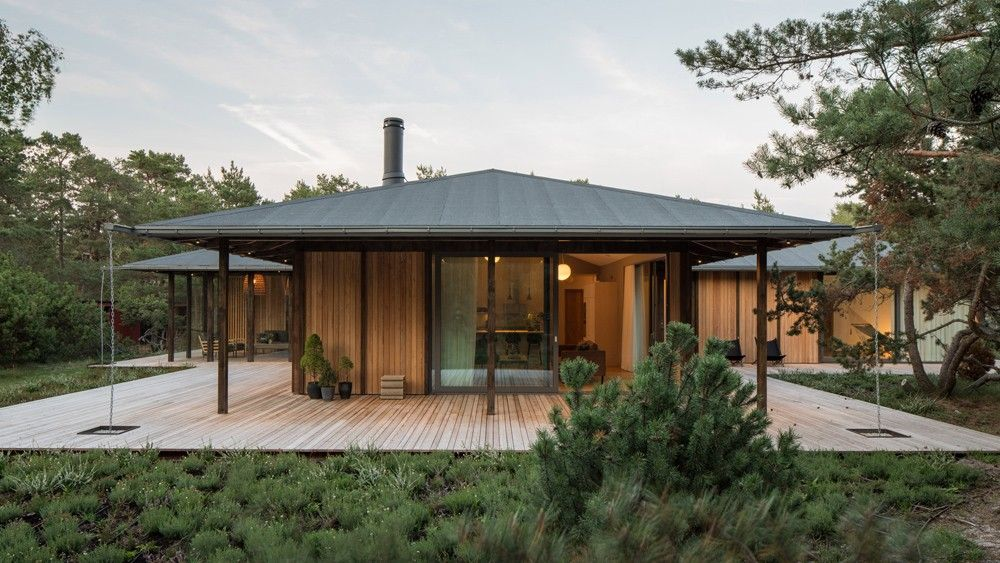 Sommarhus T Maison De Vacances Sur La Cote Sud De La Suede Par Johan Sundberg Maison De Vacances Maison Architecte Et Constructeur Maison Bois