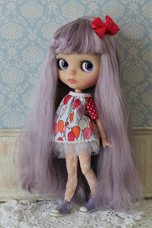 For Lila's photo shoot I thought I would showcase some of the great Blythe items made by my fellow Aussies.