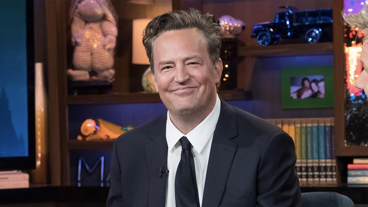 Friends Besorgniserregende Neuigkeiten Zu Matthew Perrys Gesundheitszustand Matthew Perry David Schwimmer Darsteller