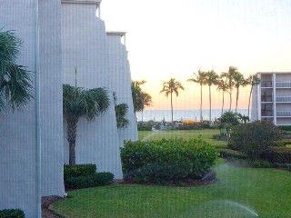 Sundial Beach Resort Condo-Escape to Sanibel Island & Enjoy Gulf Views & 2 Bikes