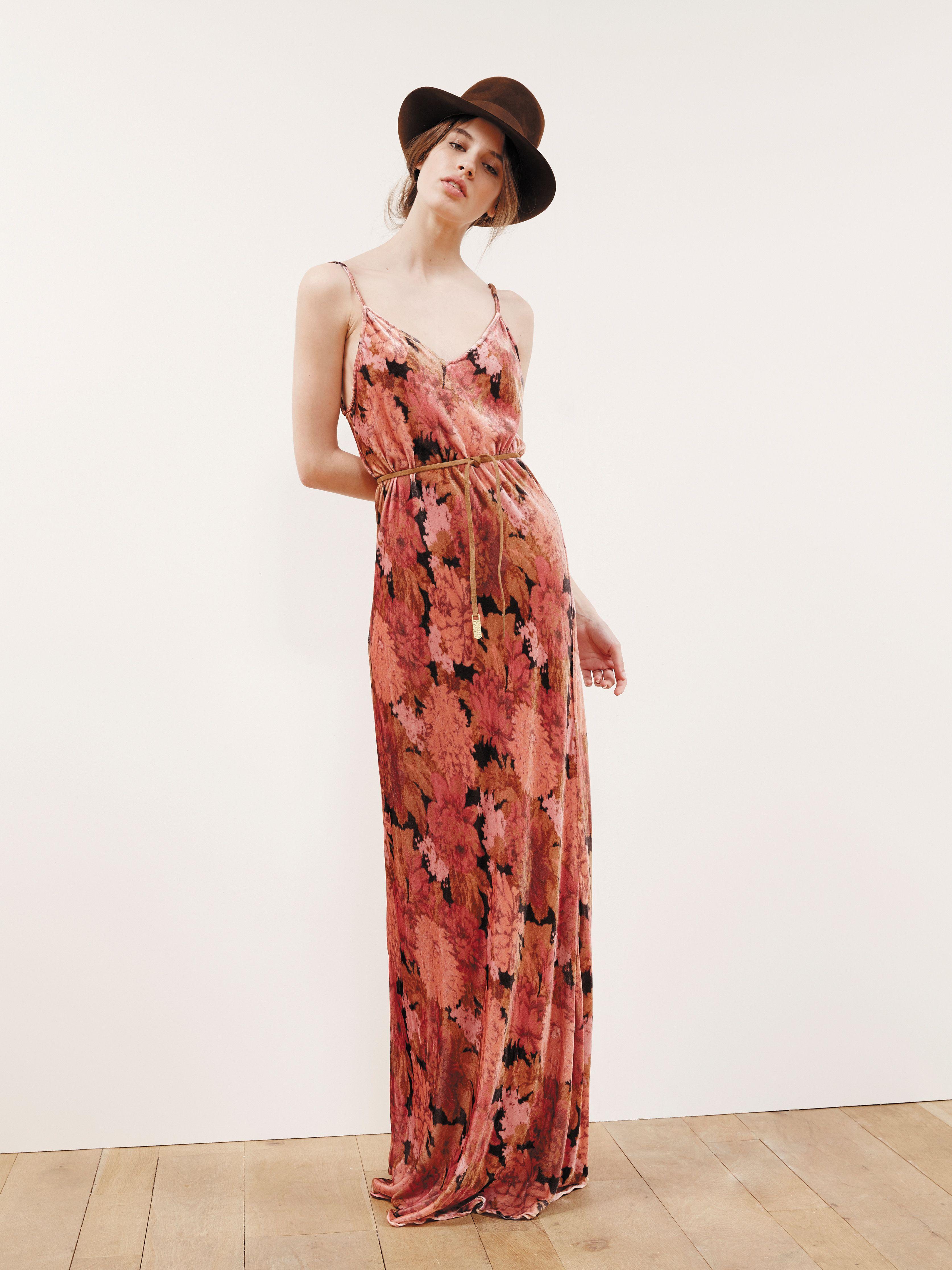 Pin su Dolce & Gabbana Spring/Summer 2019 Women Fashion
