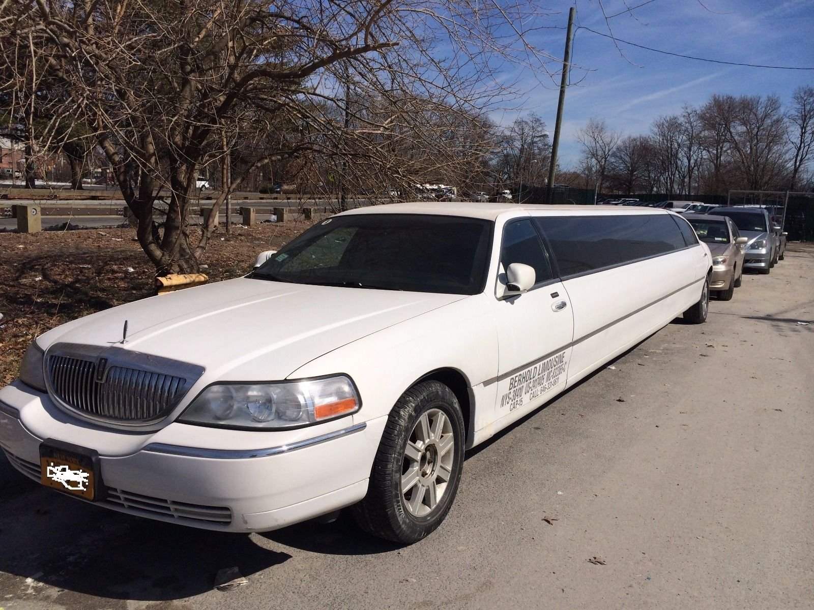 2007 Lincoln Town Car Executive Limousine 5 Door Limousines For