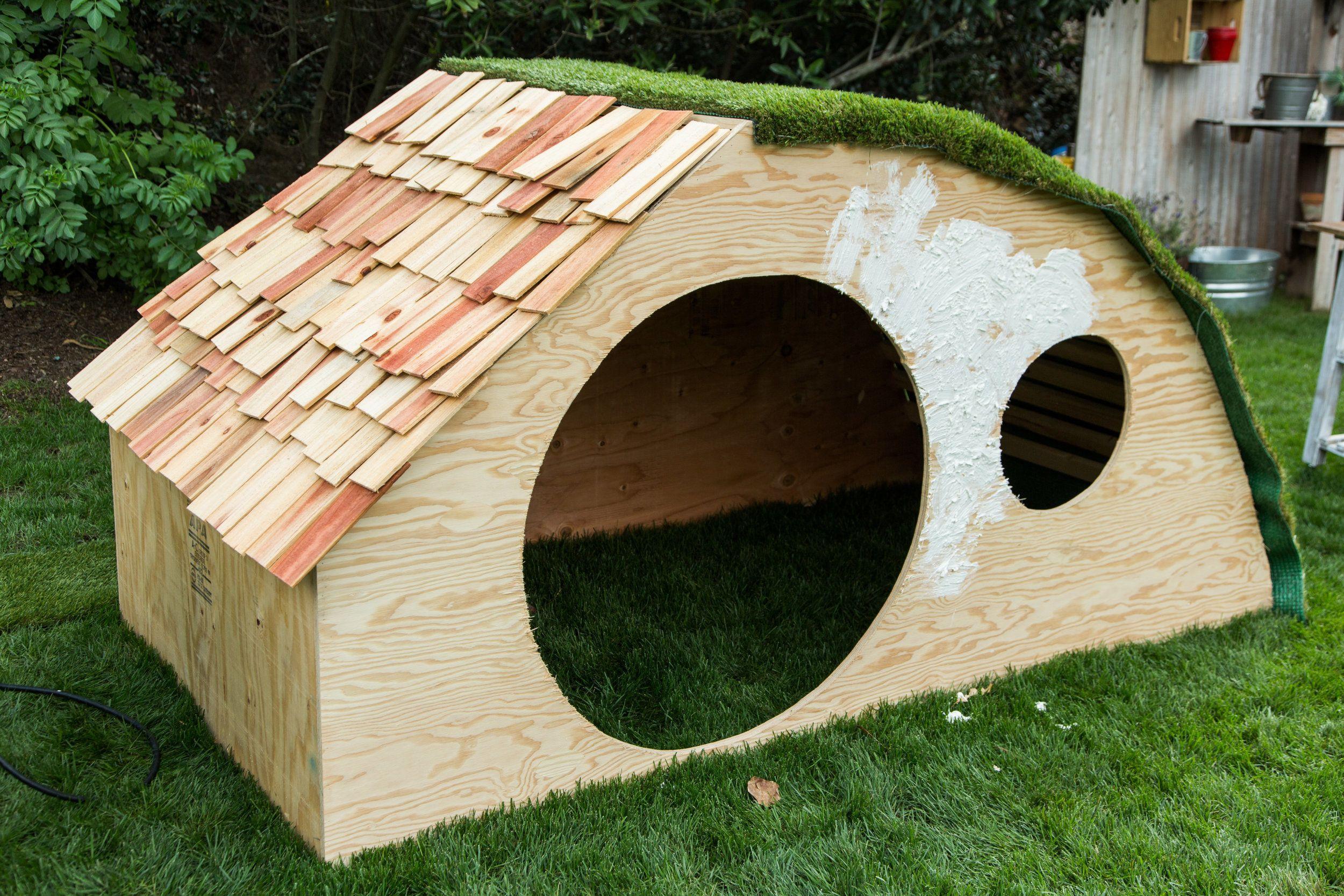 Diy Hobbit Hole Playhouse Play Houses Hobbit Houses Diy Build A Playhouse