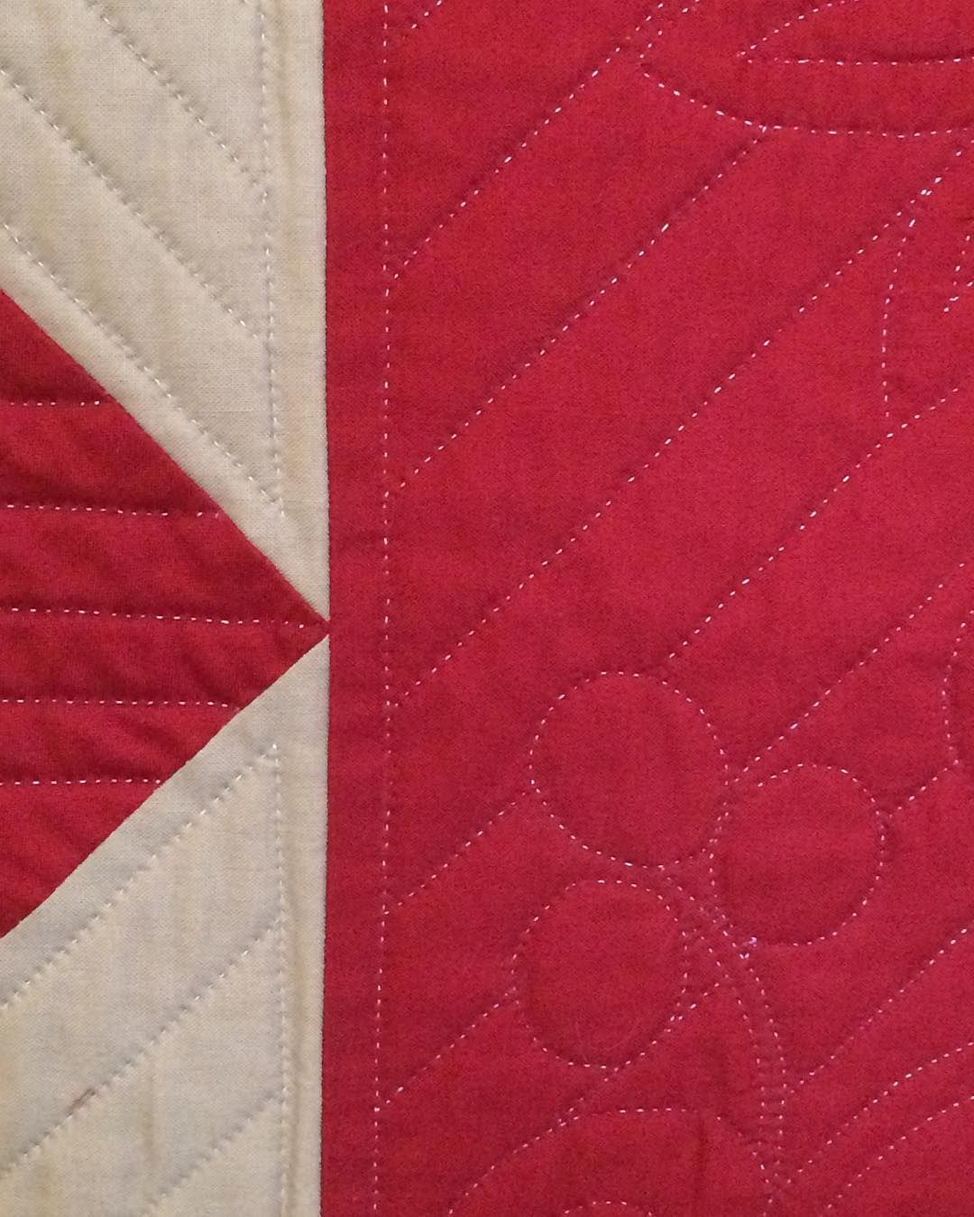 Cut-Out Corners with Square Within a Square Border (detail ... : hand quilting stitches per inch - Adamdwight.com