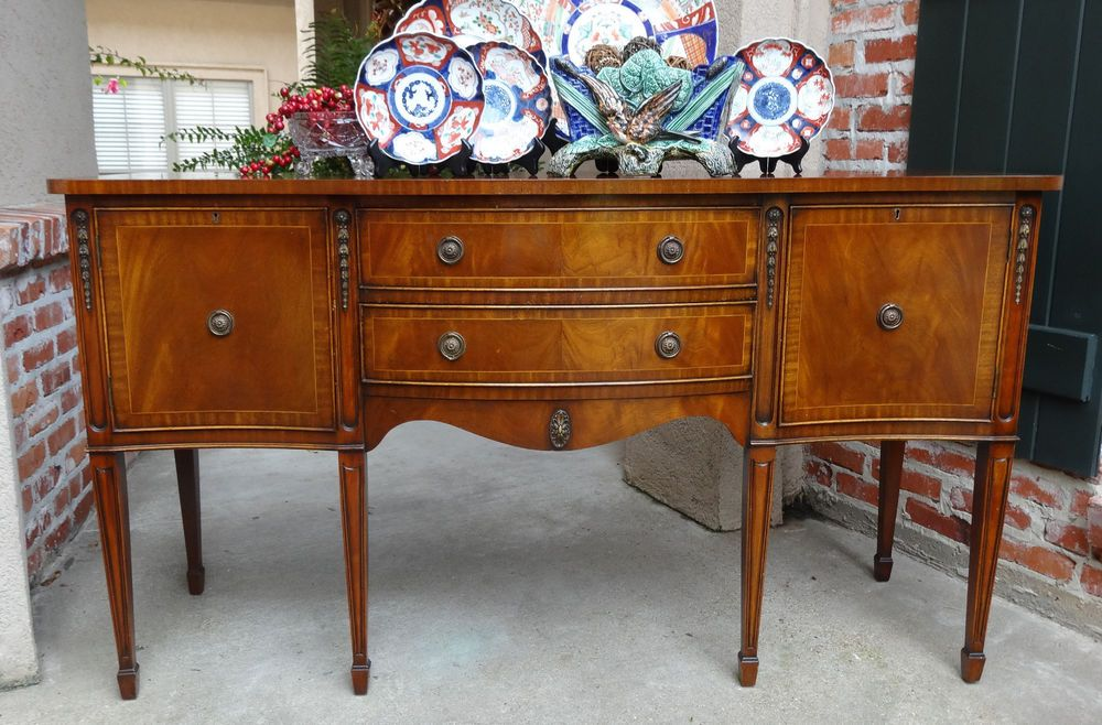 Credenza Definition In English : Antique english mahogany buffet sideboard regency flame