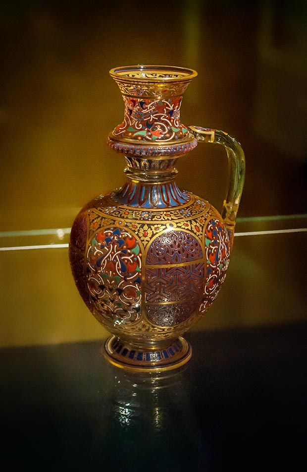 Orientalist Glass Art Masterpieces From The Museum Of J L Lobmeyr