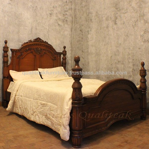 Antique Bedroom Furniture - Antique Victorian Four Poster Bed ---I like the  dark wood and the design! - Antique Bedroom Furniture - Antique Victorian Four Poster Bed ---I