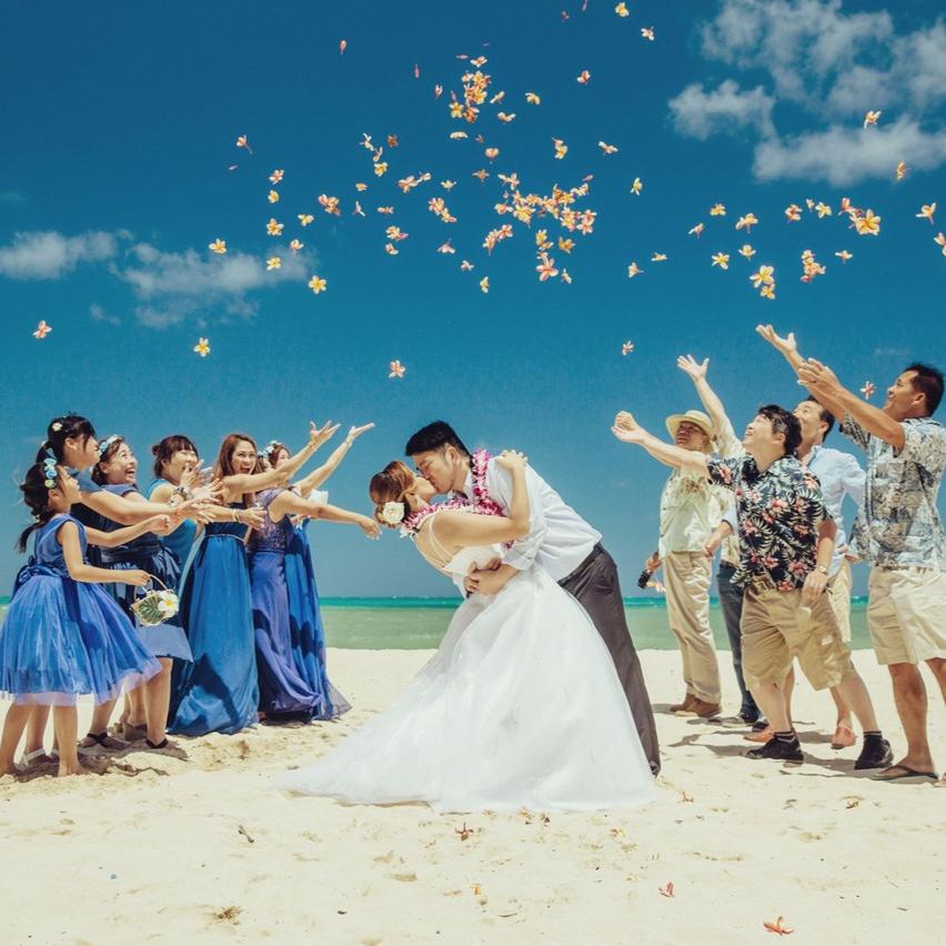 二人だけの特別なビーチ 仲間と 家族と 共に思い出に残る瞬間を ハワイならではのオススメ撮影スポット多数ご用意してます Waimanalobeach Waimanalobeach Weddingsofhawa 海外挙式 ビーチ ウェディング