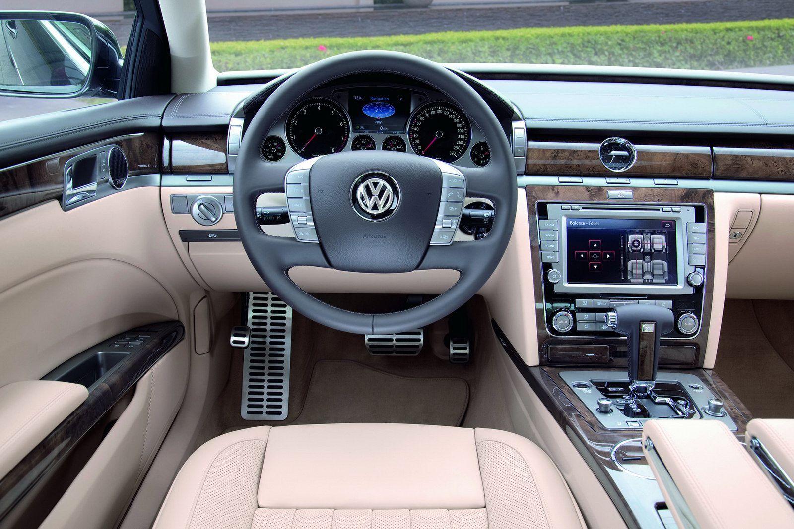 Volkswagen Phaeton Interior Araba