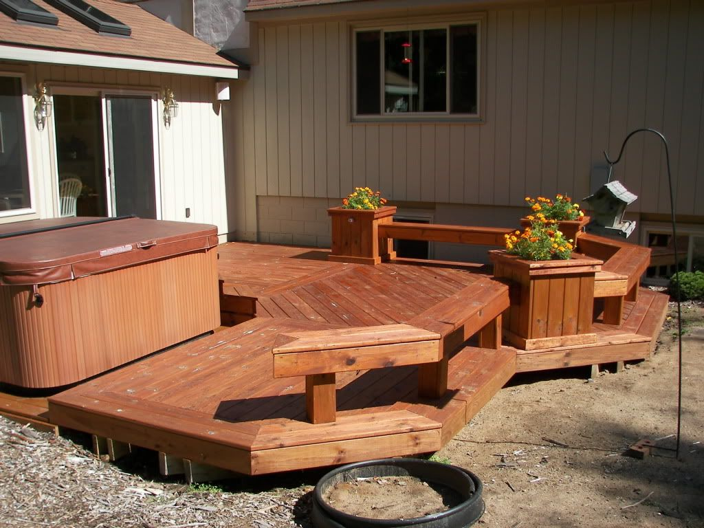Outdoor Hot Tub Base Of Gravel And Wood? Portable Hot