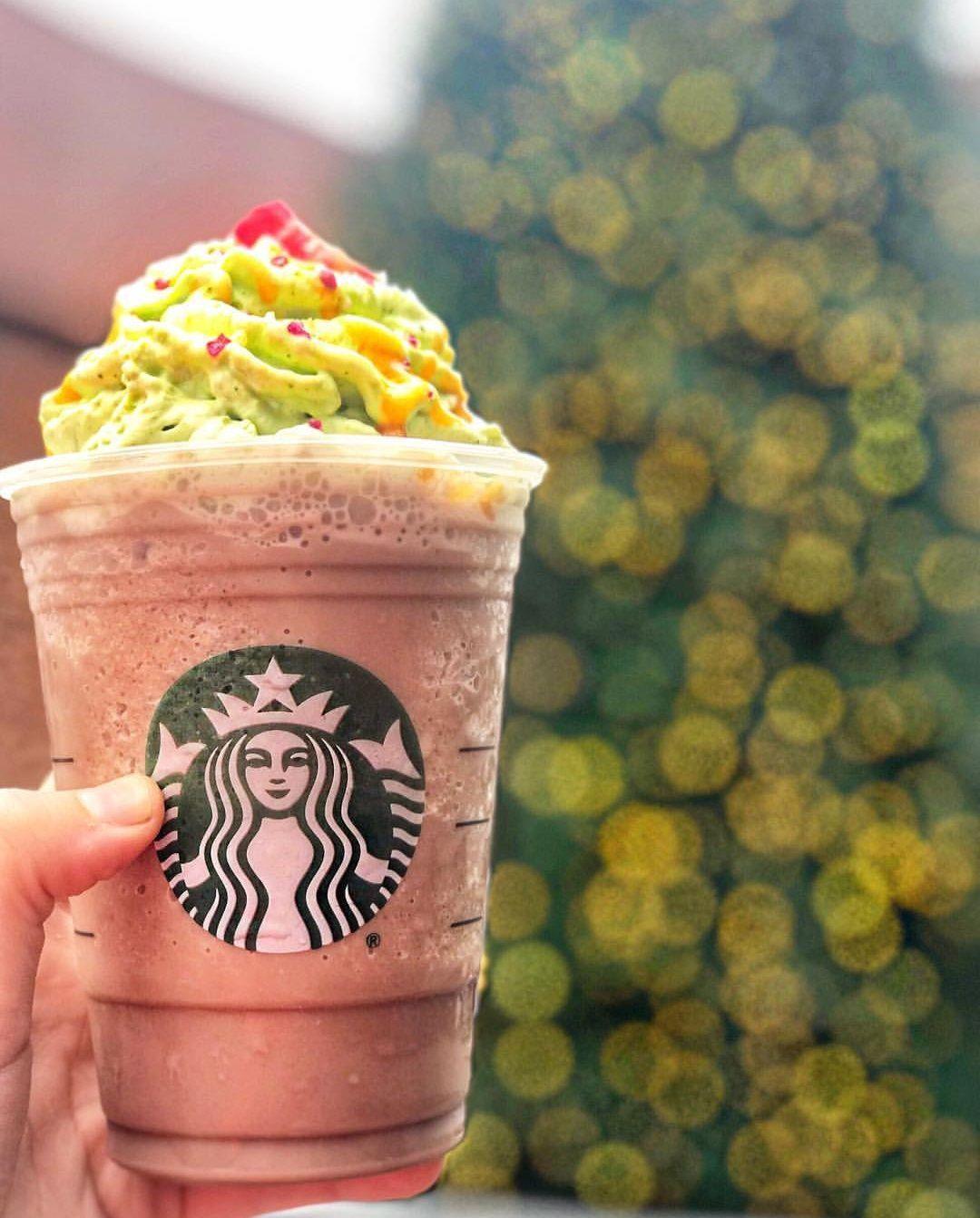 Starbucks Christmas Menu.Starbucks Christmas Tree Frappuccino Starbucks Starbucks