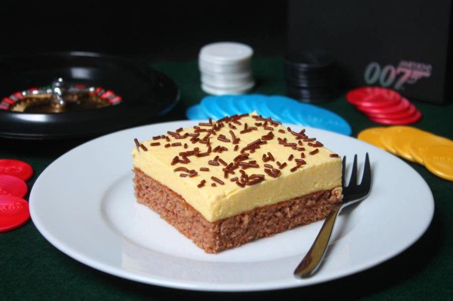 james bond schnitte rezept kuchen desserts s es pinterest kuchen blechkuchen und backen. Black Bedroom Furniture Sets. Home Design Ideas