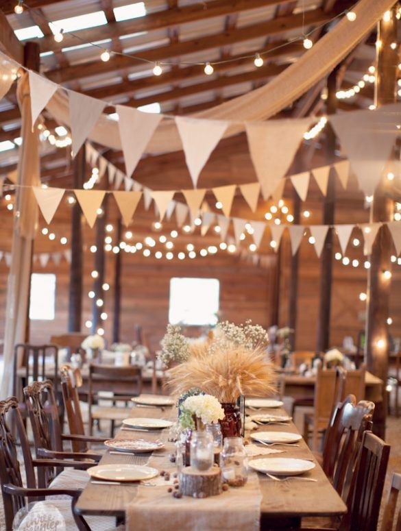 Eight Must-Have Vintage Barn Wedding Ideas - tidy away today