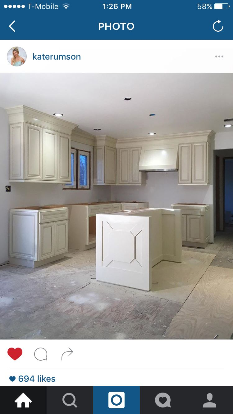 Cabinet Color Lowes Woodrow Wilson Presidential White By Valspar Kitchen Redo Vintage House Beautiful Kitchens