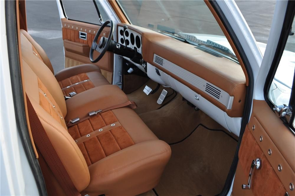 1985 Chevrolet C 10 Custom Pickup Interior 174934