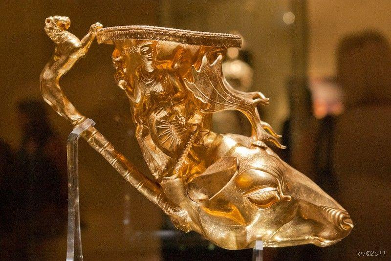 Thracian Treasure - 2,400-year-old treasure recently discovered in an ancient Thracian tomb in Sveshtari, Bulgaria.
