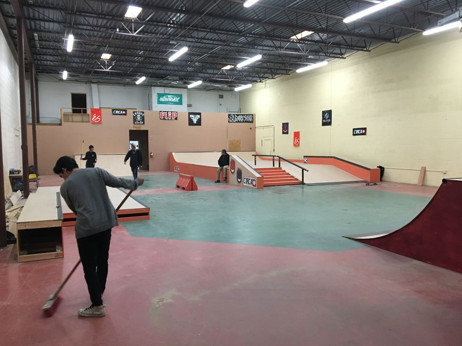 Crooks Indoor Skatepark Skate Park Skateboard Roller Derby