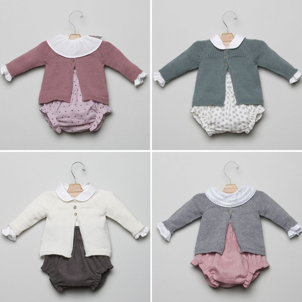 Os proponemos cuatro maneras distintas para combinar nuestras chaquetitas de bebé!!! Estamos enamoradas de estos looks!!! bit.ly/1zenkso