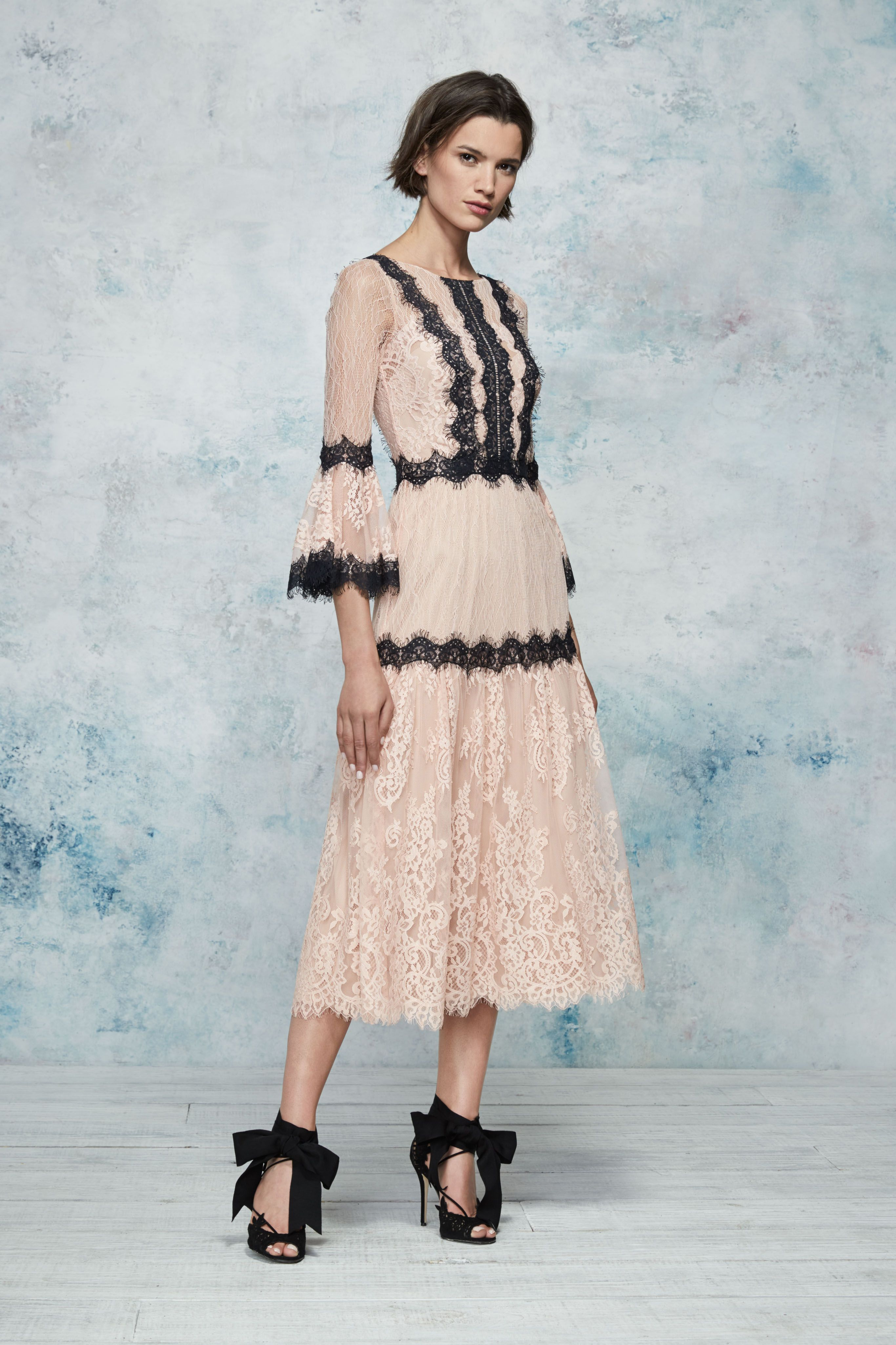 Marchesa notte green lace dress  Marchesa Notte Resort  Look   Clothes  May   Pinterest