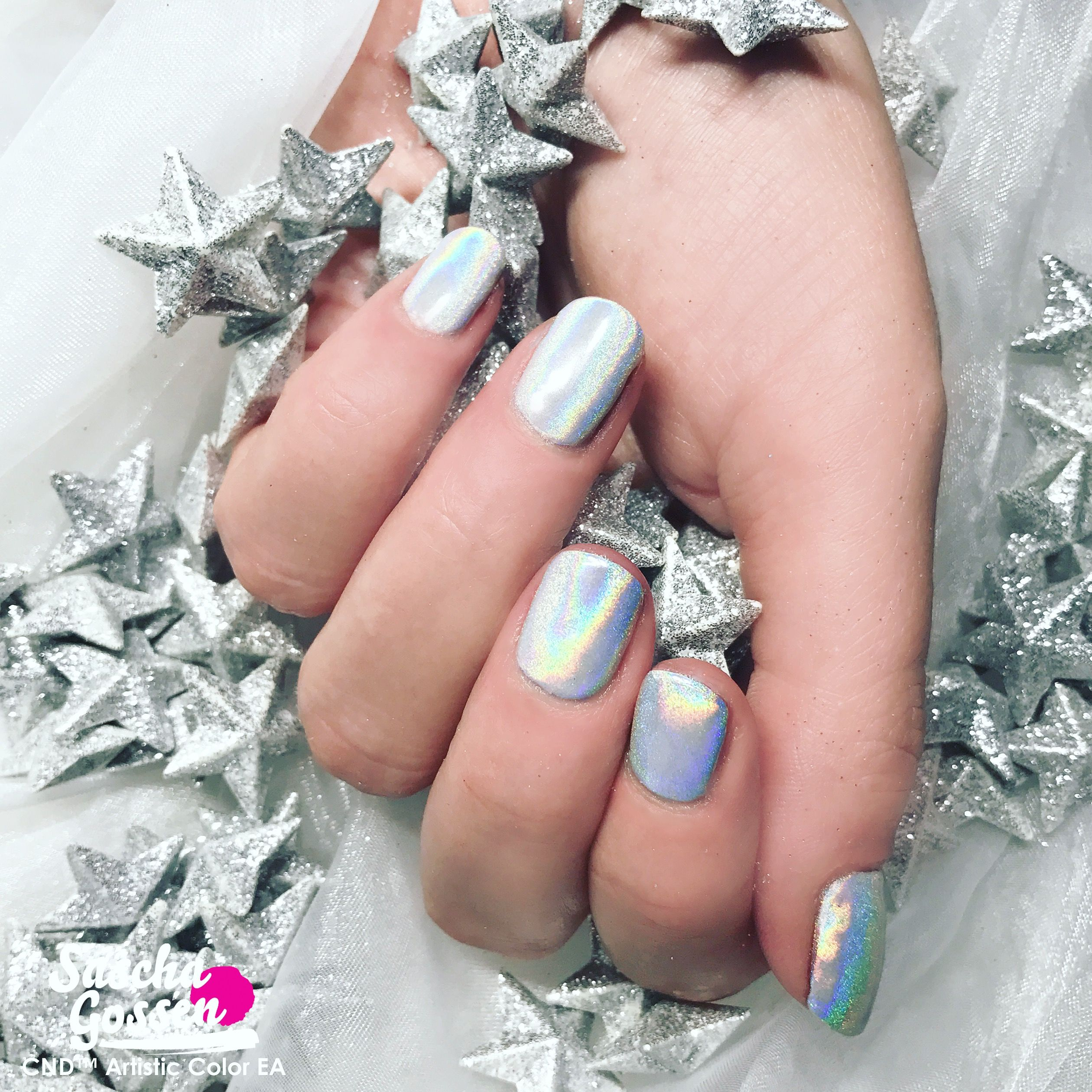 Chrome Is Hot These Holidays Natural Nails With Cnd Shellac Cream Puff Lecente Layer It And Rainbow Powde Shellac Nail Colors Halloween Nails Shellac Nails