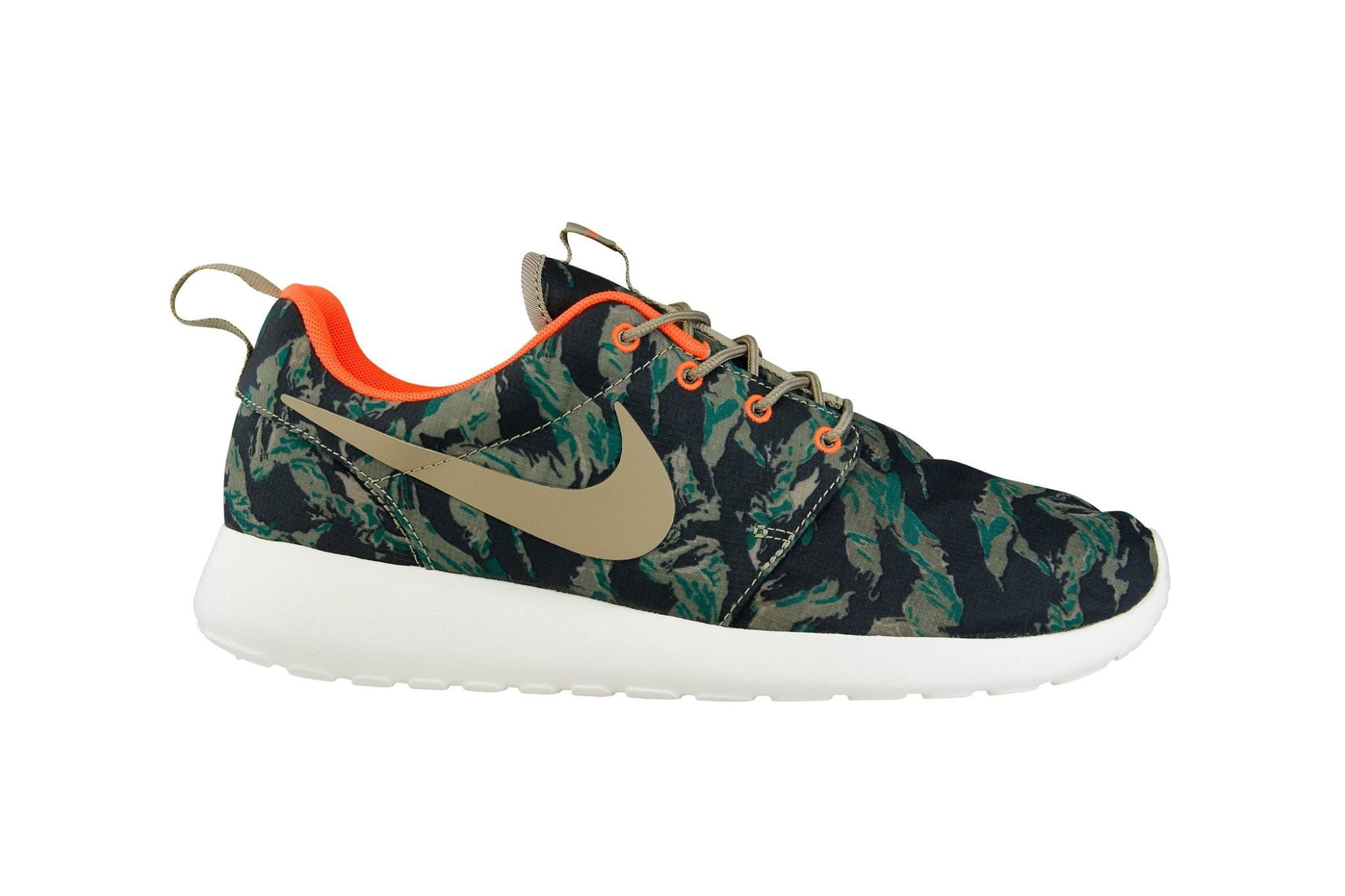 "reputable site c6735 566f6 Foot Locker Europe | Nike Roshe Run ""Camo"" 