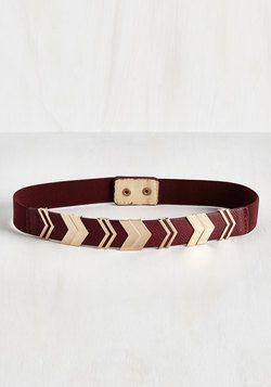 Chevron the Right Path Belt in Brick. Youre sure to feel a spring in your step when youre sporting this rich red belt! #red #modcloth