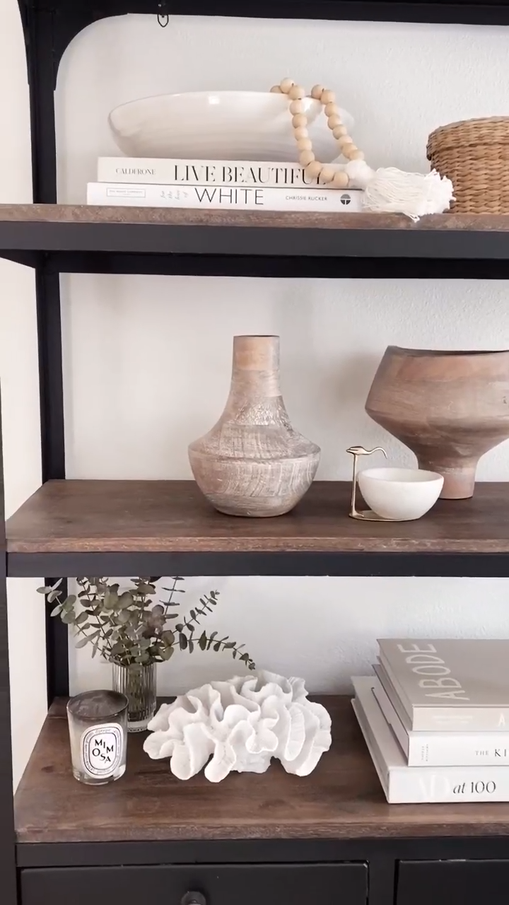 HOW TO EASILY UPDATE YOUR HOME WITH SHELF DECOR