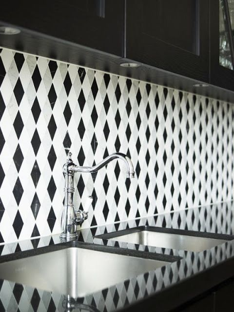 Black And White Geometric Diamond Tiles Patterned Splash Back Kitchen Black And White Backsplash Black White Kitchen Patterned Kitchen Tiles