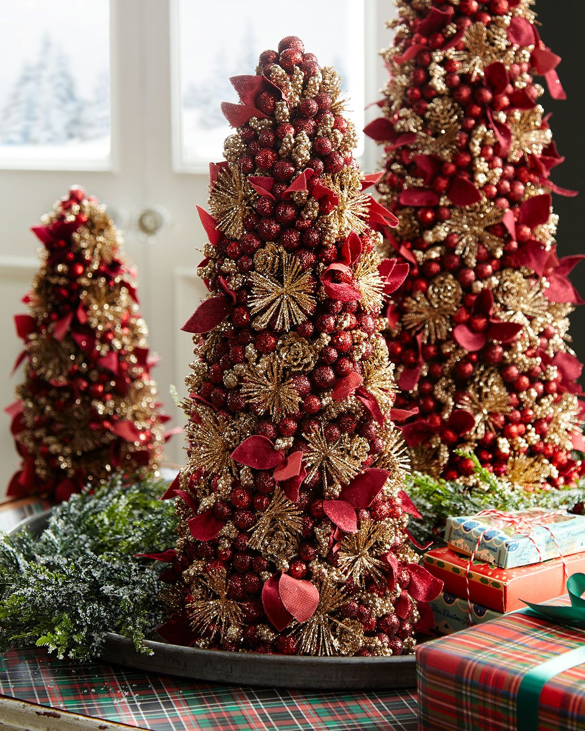 Salzburg Creations Burgundy And Rose Gold Fireworks Tabletop Christmas Tree 18 Tabletop Christmas Tree Gold Christmas Decorations Rose Gold Christmas Decorations