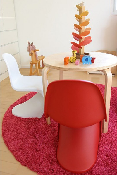 Lunch U0026 Latte: Verner Panton Chair For The Children