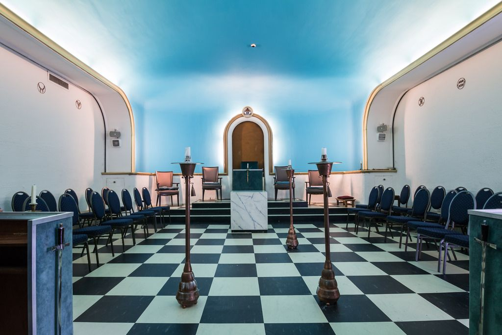 https://flic.kr/p/yyLEAc | Masonic Temple in Amersfoort, the Netherlands | Masonic Temple is a term commonly used in Freemasonry with multiple but related meanings. It is used to describe an abstract spiritual goal, the conceptual ritualistic space formed when a Masonic Lodge meets, and the physical rooms and structures in which a Lodge meets. When used to describe a structure the term is interchangeable with the term Masonic Hall.  This building was built as a freemasonslodge in 1900 for…