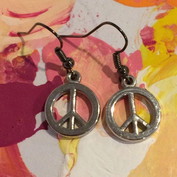 Download Peace Sign Earrings | Peace sign, Earrings, Peace