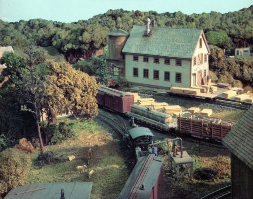 The work of Dave Frary and Bob Hayden first caught my eye back in the 1980's, and may have been my first exposure to narrow gauge model railroading.