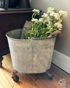 60 Easy DIY Farmhouse Decor Ideas - Rustic Crafts & Chic Decor