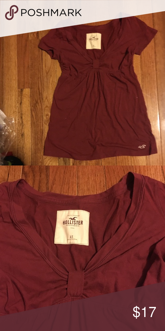 Hollister Babydoll Shirt Hollister brand XS with adorable clinched top! Burgundy! Hollister Tops Tunics