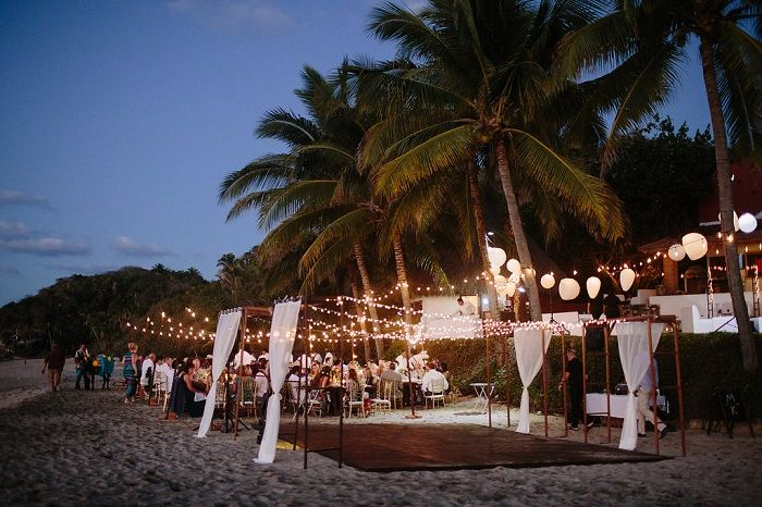Wedding Reception on The Beach Decorations | Fab Mood #weddingdecor #beachwedding