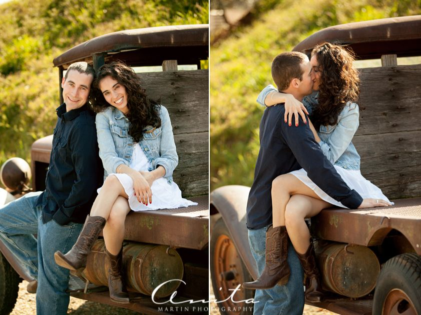 cute couple engagement poses