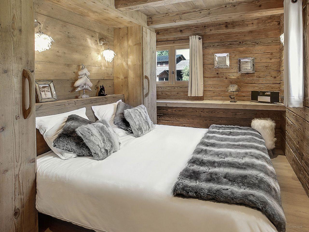 la clusaz superbe ferme amnage 12 personnes cinq chambres quatre salles de bains - Chambre Rustique Chic