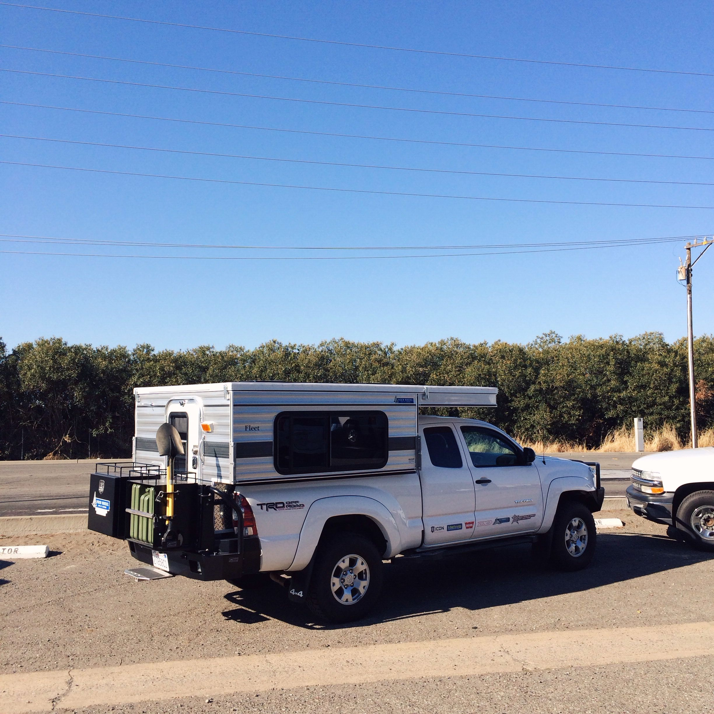 Four Wheel Camper >> Toyota Tacoma With A Four Wheel Camper Fleet Ships Of The