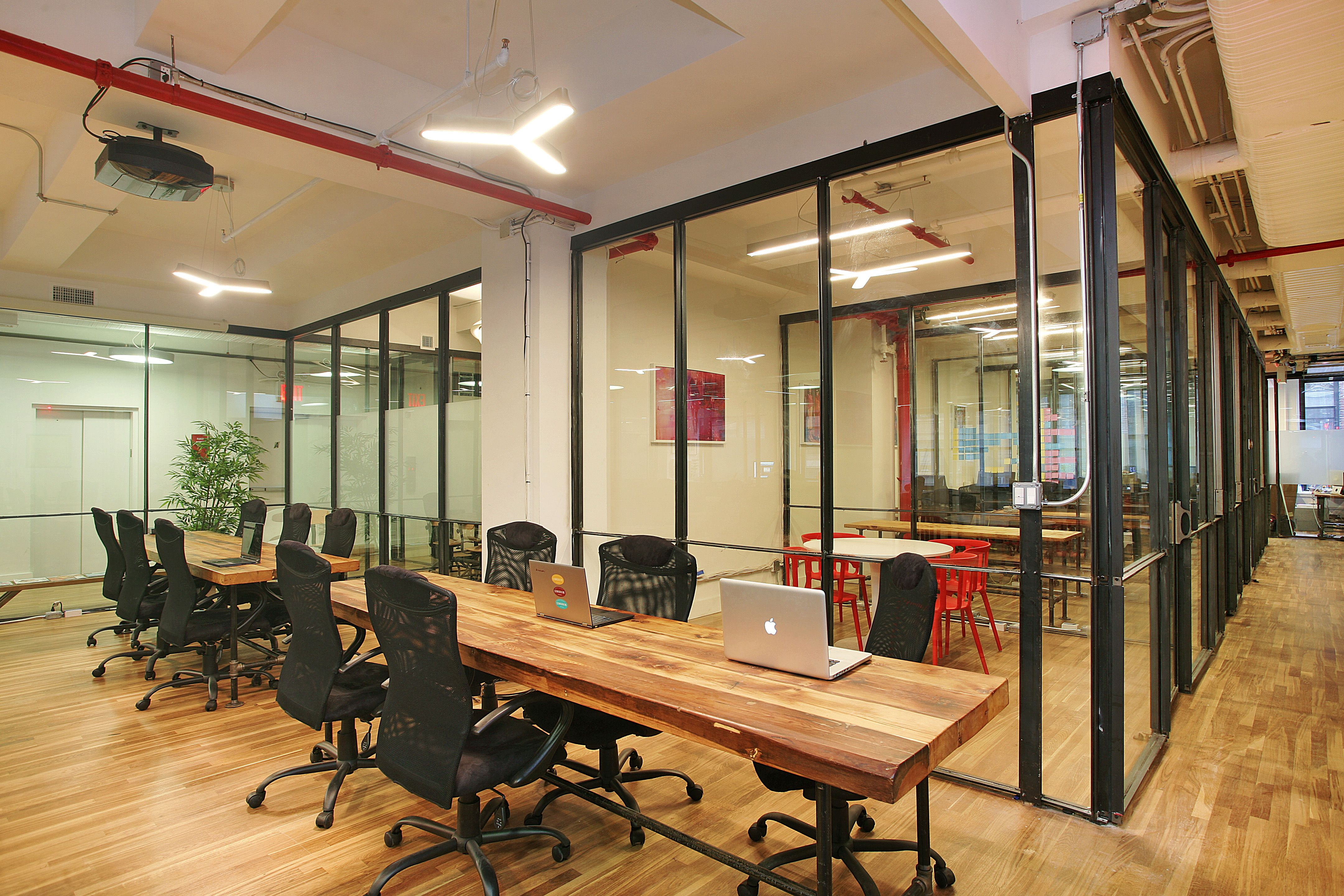 Grind park s well lit coworking space is beautifully for Well designed office spaces