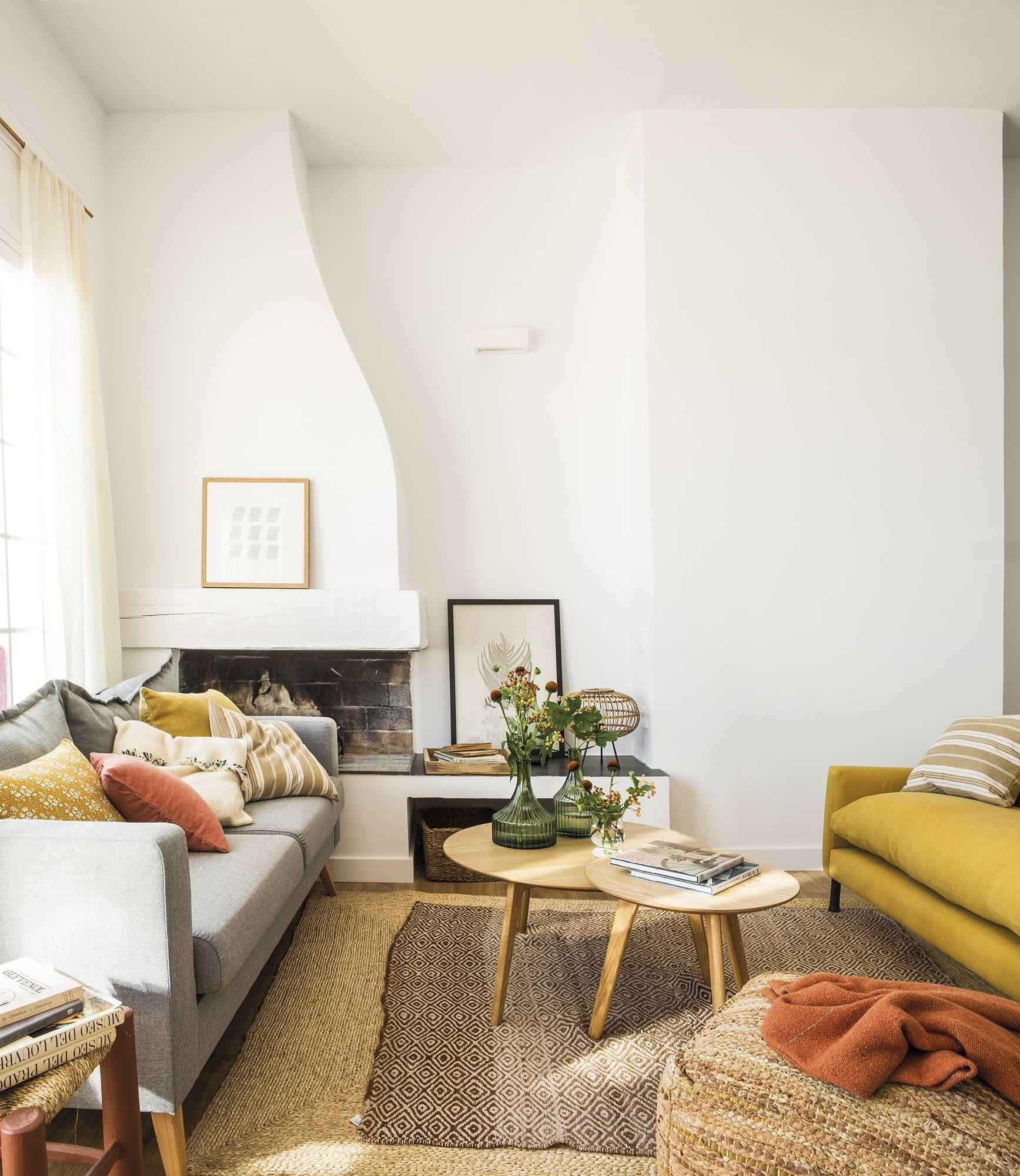 Une petite maison sur trois niveaux dans un lieu idyllique