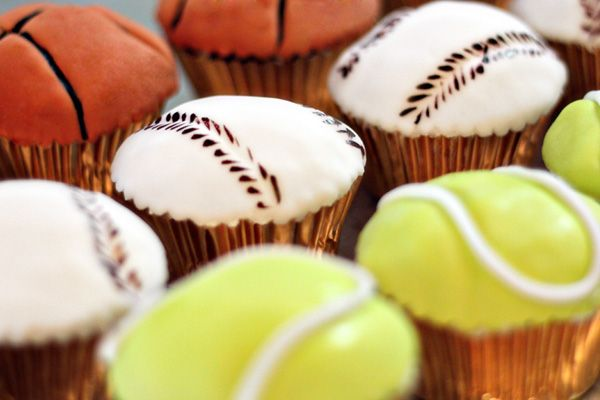 quirky sport cupcakes