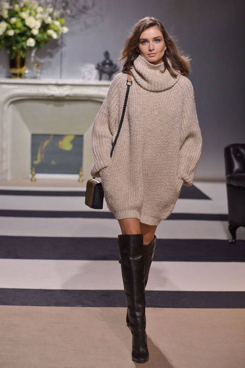 oversized sweater, tall boots, little bag